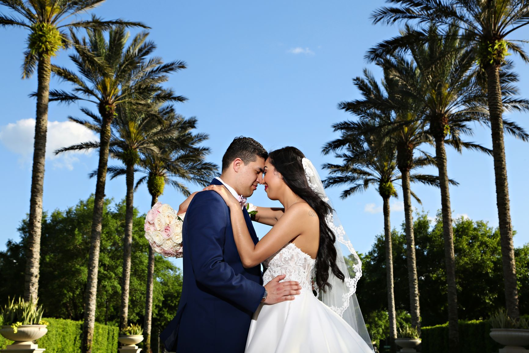 The Pros and Cons of All Inclusive Wedding Packages | Shopping