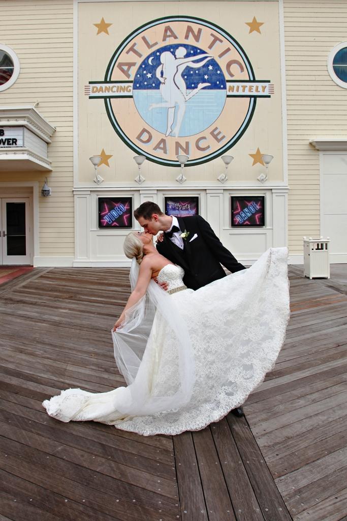 Disney Weddings Florida | Scarlett and Cole's Swan Wedding