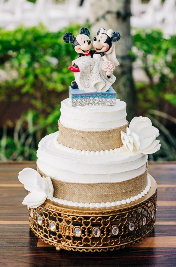 Disney Micro Wedding - Just Marry Weddings - Anna So Photography - Wedding Cake