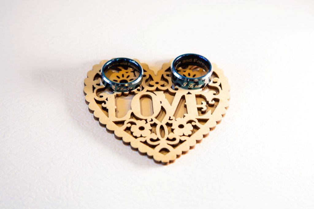 Disney Vow Renewal - Just Marry Weddings - David and Vicki Arndt Photography - Paddlefish - Details