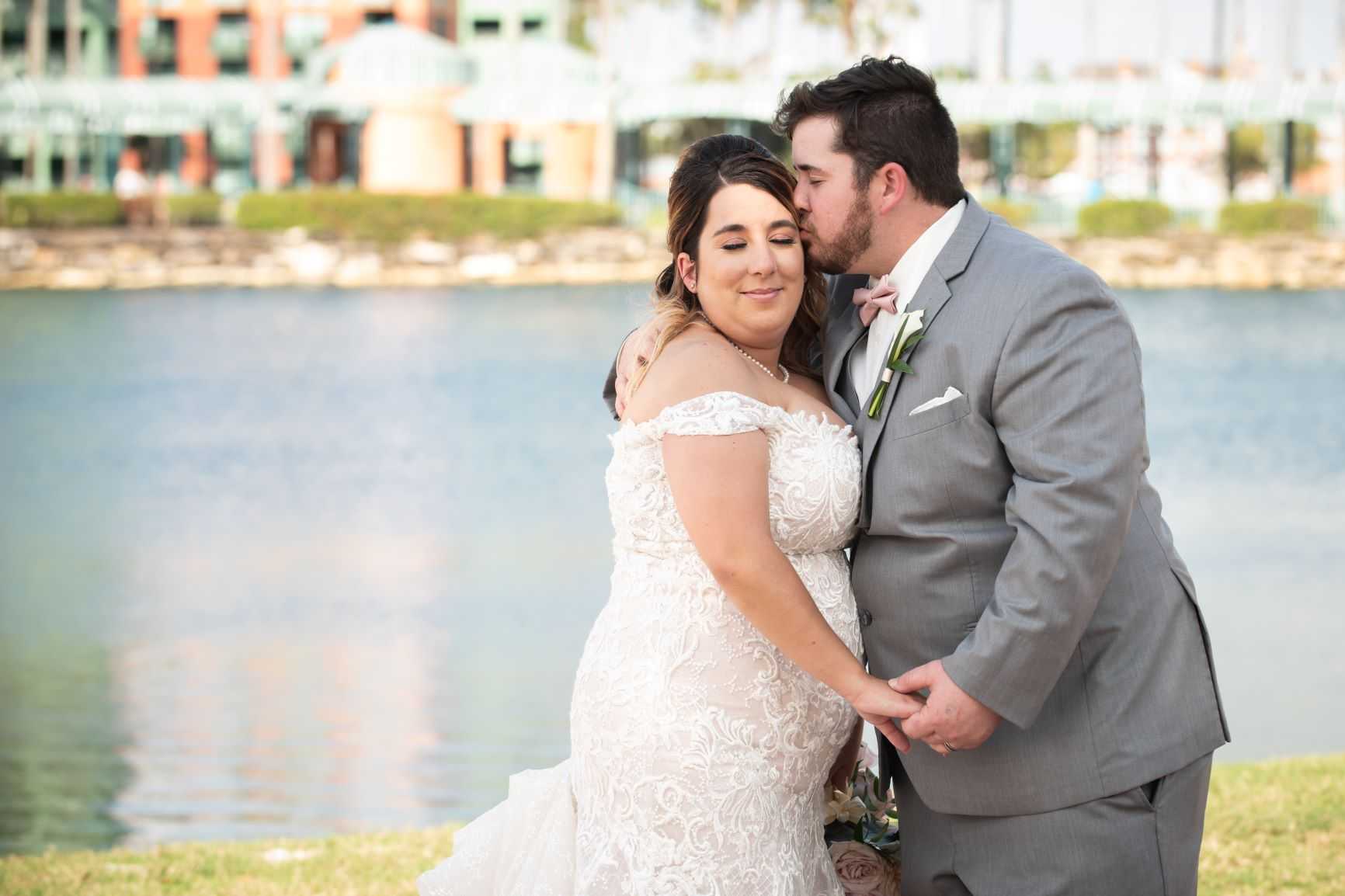 Sweet Florida Beach Wedding | Mariah and Christopher at the WDW Swan and Dolphin