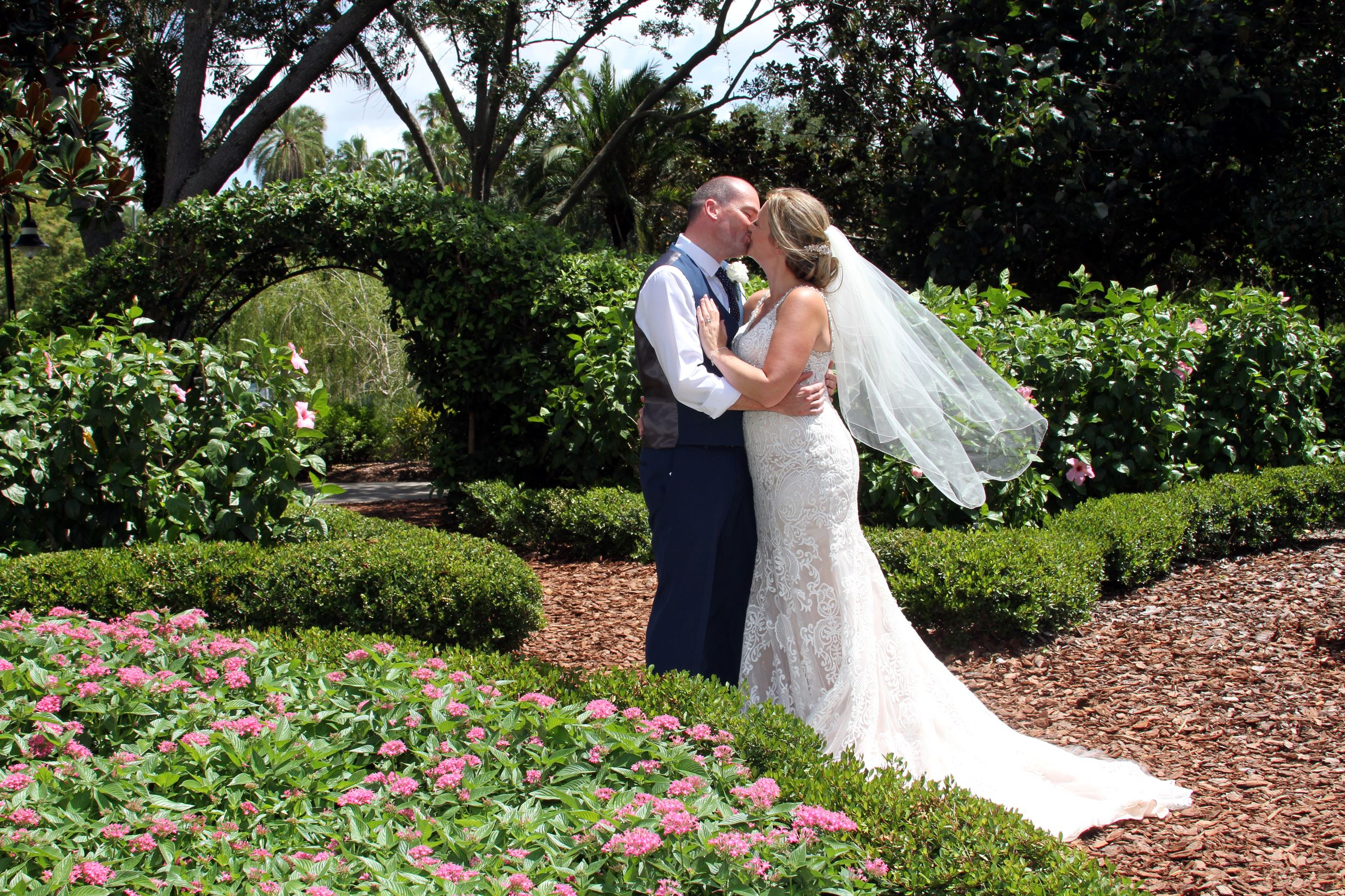 Hard Rock Wedding | The Real Wedding of Kerry and Andy