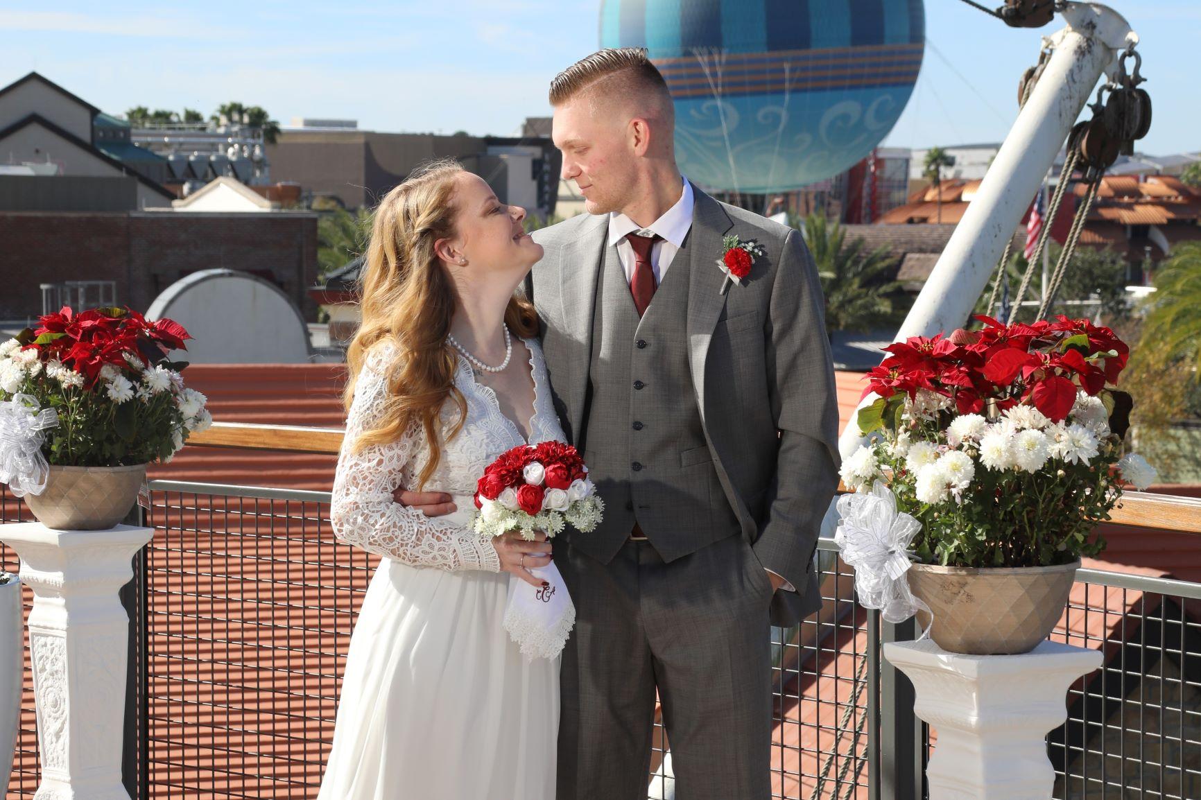 Magical Holiday Wedding   Chloe and John at Paddlefish Disney Springs