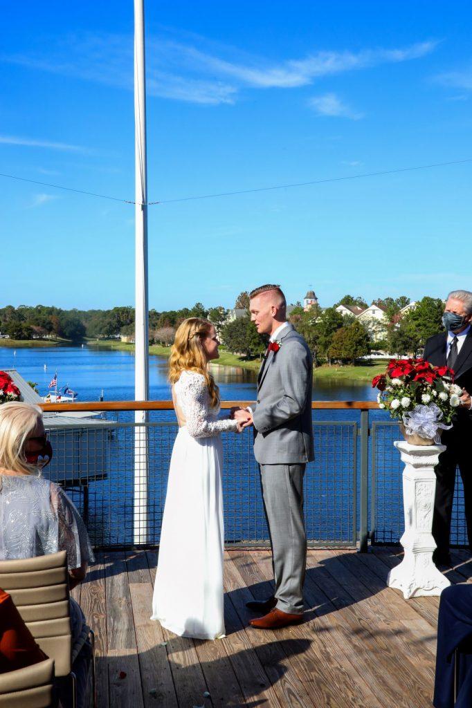 Holiday Wedding - Just Marry Weddings - Chapman Photography - Paddlefish