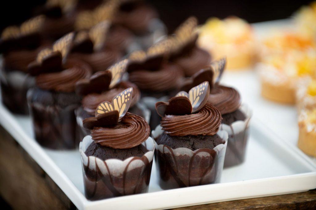 January Wedding - Just Marry Weddings - Nova Imagery - Cupcakes