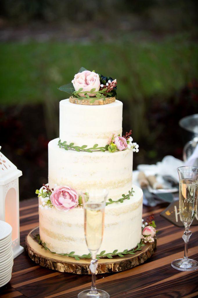 January Wedding - Just Marry Weddings - Nova Imagery - Wedding Cake