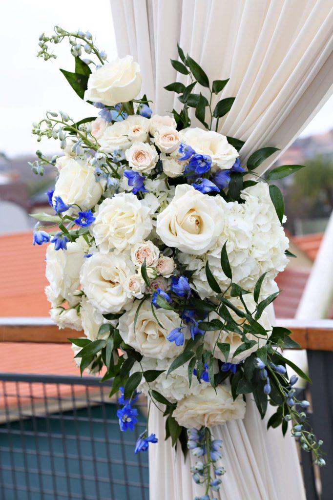 January Wedding - Just Marry Weddings - Regina Hyman Photo - Paddlefish - Ceremony Flowers