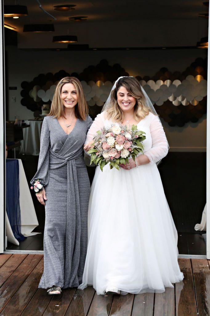 January Wedding - Just Marry Weddings - Regina Hyman Photo - Paddlefish - Bride