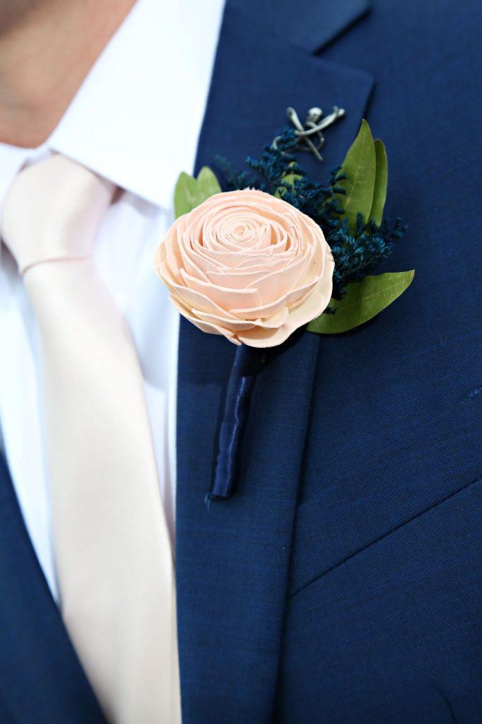 January Wedding - Just Marry Weddings - Regina Hyman Photo - Paddlefish - Boutonniere