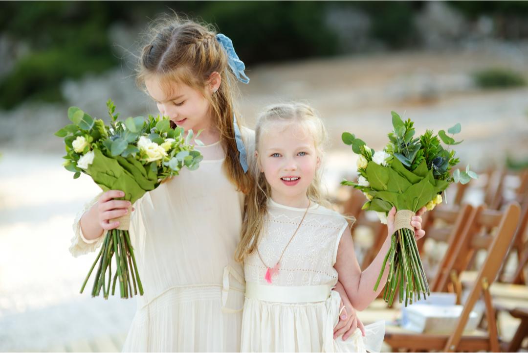7 Sure Ways to Entertain Kids at Weddings | Shopping