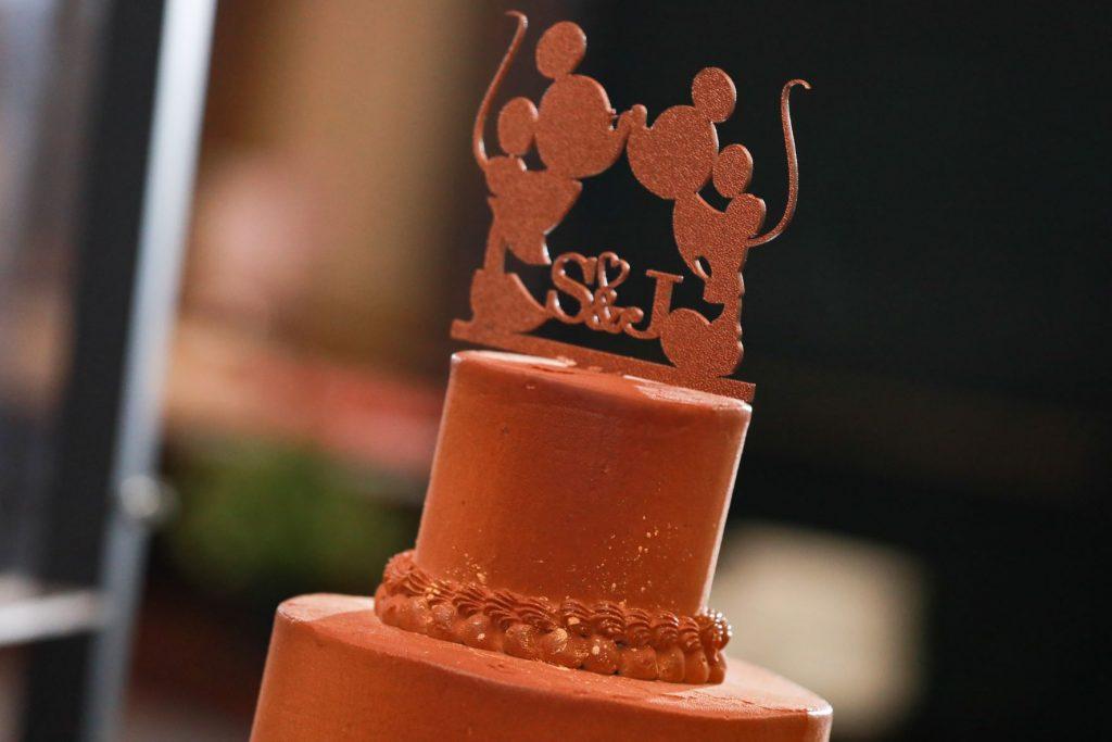 Swan Wedding - Just Marry Weddings - Live Happy Studio - Wedding Cake