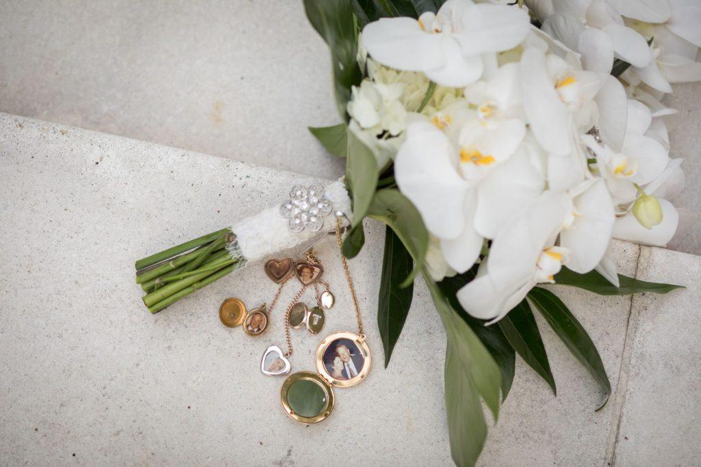 Tropical Wedding - Just Marry Weddings - PB&J Studios - Bouquet
