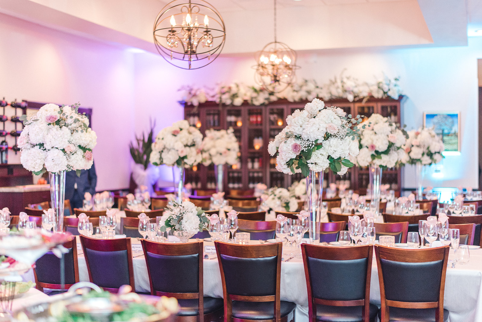 How to Have a Luxury Wedding on a Budget | Shopping