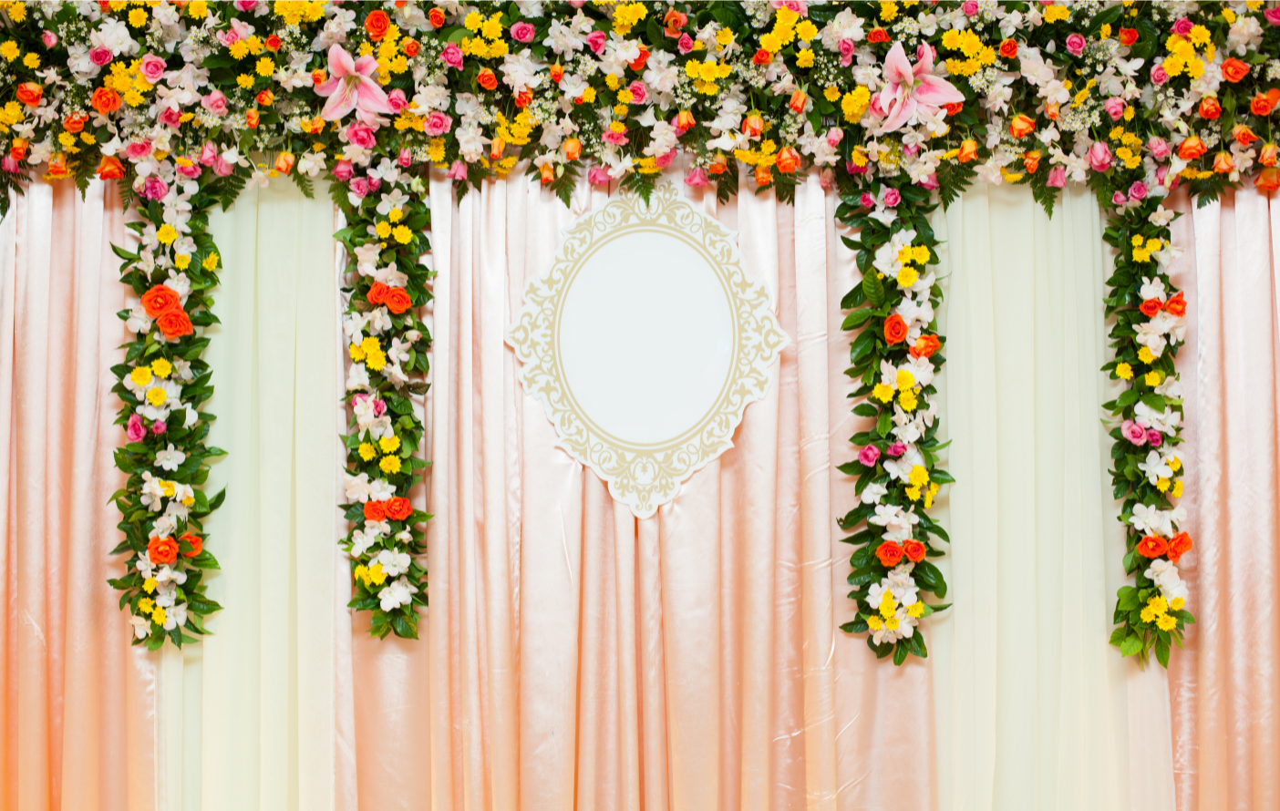 10 Timeless and Trendy Wedding Backdrop Ideas | Discovering