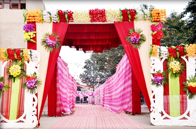 Wedding Entrance Décor Ideas You'll Want for Your Wedding | Shopping
