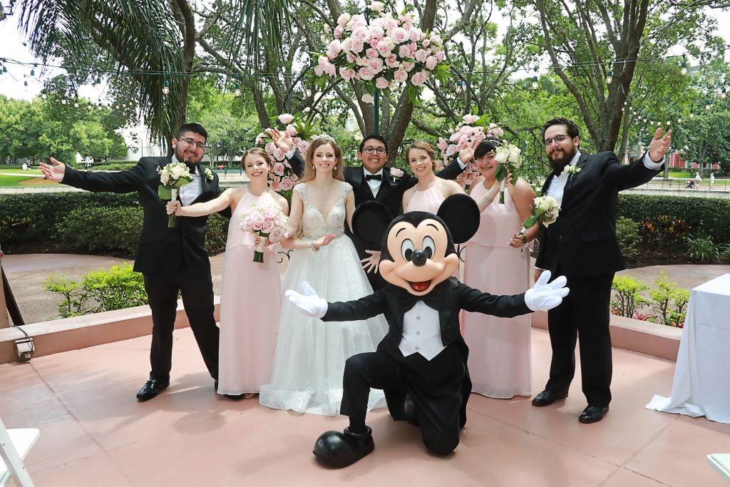 Wedding Ideas for Guests - Just Marry Weddings - Chapman Photography - Mickey