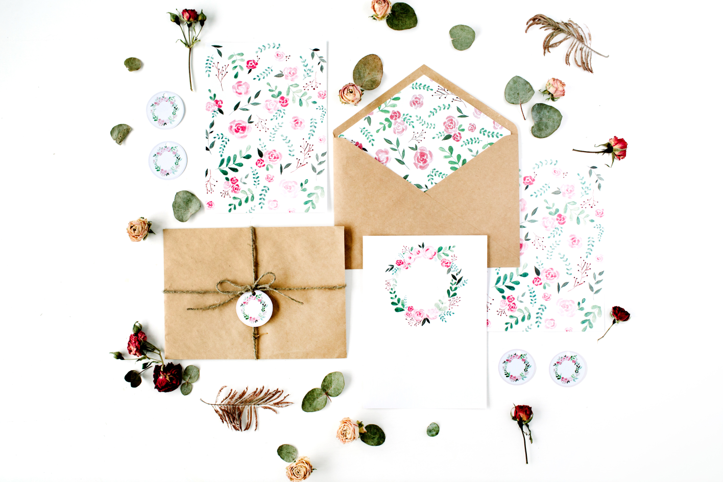 From Save the Dates to Invites: 2021 Wedding Stationery Trends | Analyzing